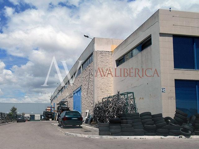 Fotografia de capa da venda Fátima Medeiros - Materiais de Construção, Lda..