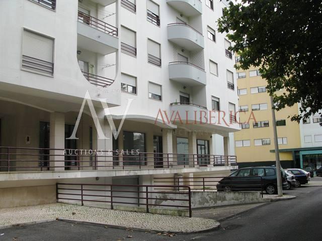 Fotografia de capa da venda M. C. Oliveira - Empreendimentos Imobiliários, Lda..