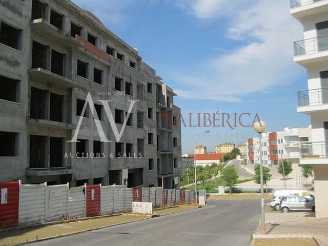 Fotografia de capa da venda C4 - Construções, S.A..